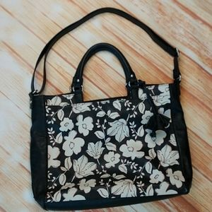 Black and white Relic bag. Size 12x16""